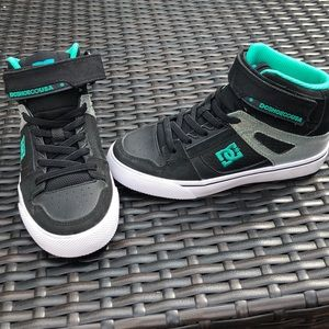 DC youth high tops
